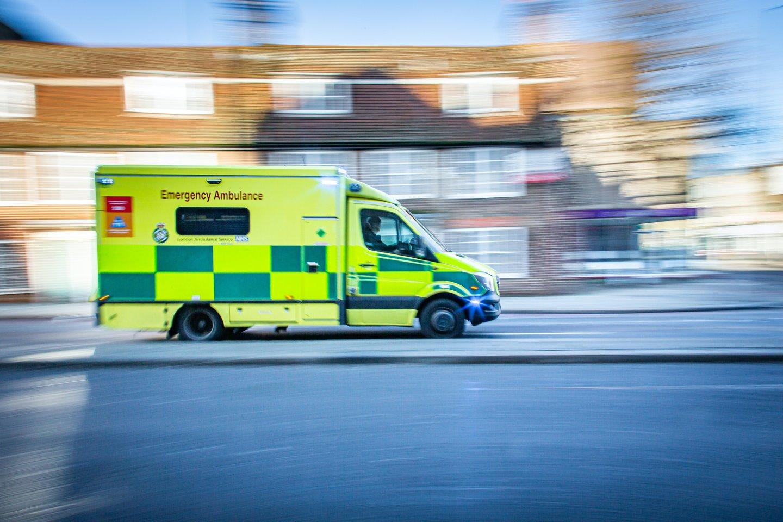 """Šį rudenį į Londono gatves išvažiuos unikalus greitosios pagalbos automobilis """"Zerro"""".<br>www.unsplash.com nuotr."""