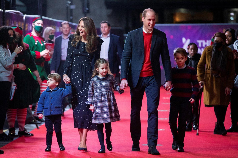 Karališkoji šeima.<br>Scanpix nuotr.