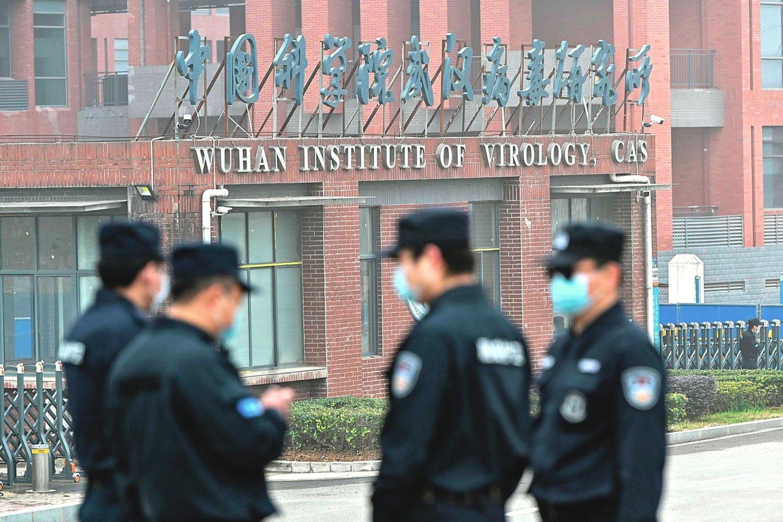 """Tyrimas jokių konkrečių atsakymų nepateikė. Kinija džiaugiasi ir PSO vizitą vadina pergale, o ekspertai tvirtina, kad nebuvo pateikta reikiamų klausimų.<br>""""Reuters""""/""""Scanpix"""" nuotr."""