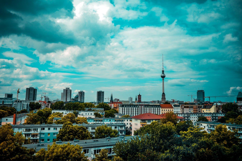 Ekspertai pastebi – JAV ir Europoje smarkiai išaugo būsto paklausa ir pakilo nekilnojamojo turto kainos.<br>melancholiaphotography / Pixabay.com nuotr.