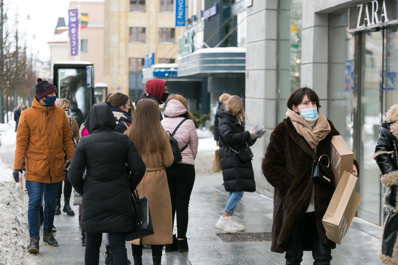 Visų ne maisto prekių parduotuvių veikla buvo uždrausta nuo gruodžio 16 dienos, kuomet Lietuvoje dėl prastos epidemiologinės situacijos buvo sugriežtintas karantinas.<br>T.Bauro nuotr.