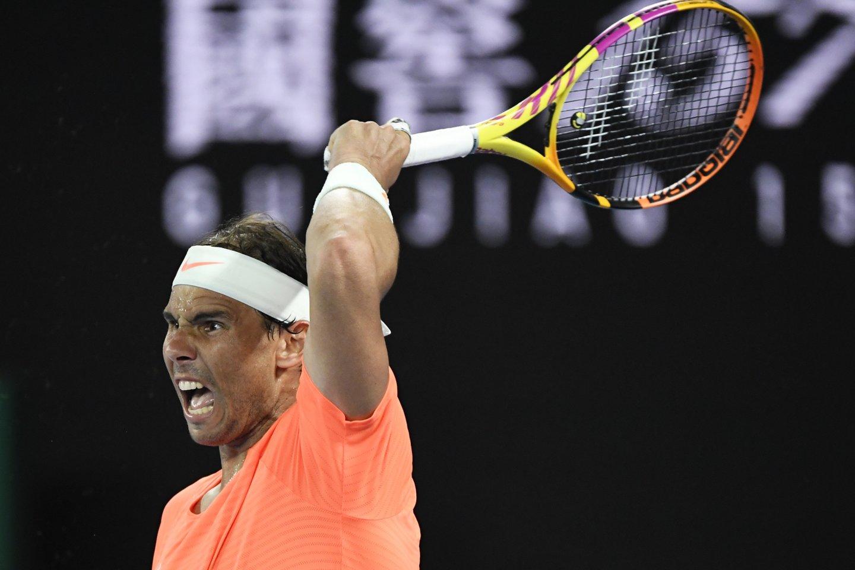 """Rafaelis Nadalis pralaimėjo S.Tsitsipui ir baigė pasirodymą """"Australinan Open"""".<br>AFP/Scanpix.com nuotr."""