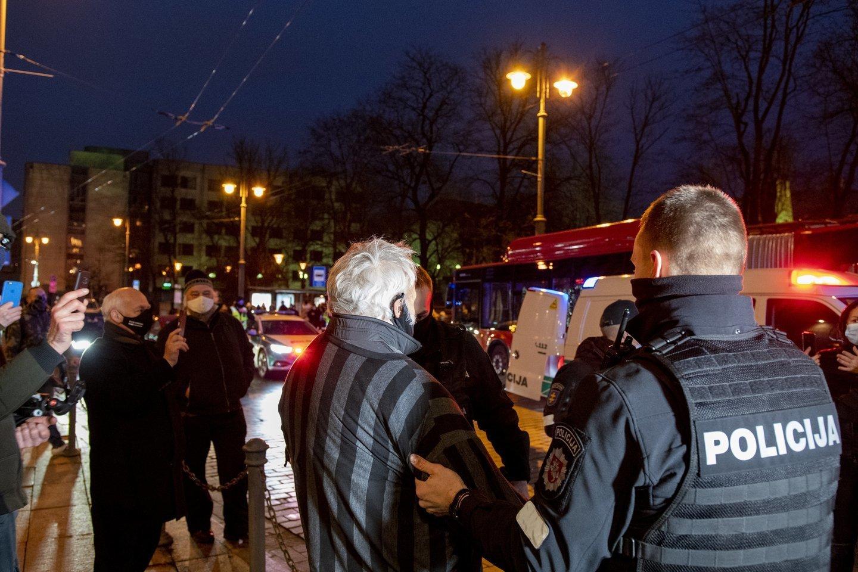 Pranciškus Valickas buvo sulaikytas ir gruodžio 5 d. per konfliktą su pareigūnais.<br>V.Ščiavinsko nuotr.