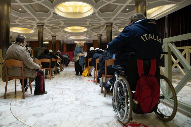 Skiepų atsisakantys Vatikano darbuotojai gali būti atleisti. <br>Reuters/Scanpix nuotr.