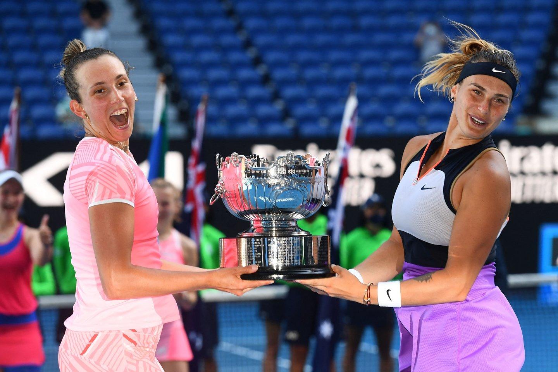 Finale pergalę iškovojo baltarusės Arynos Sabalenkos ir belgės Elise Mertens pora.<br>Scanpix nuotr.