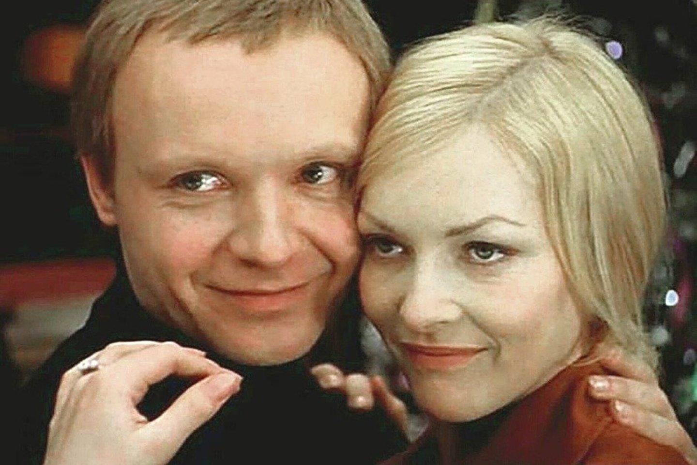 """A.Miagkovas ir Barbara Brylska komedijoje """"Likimo ironija, arba Po pirties"""".<br>ITAR-TASS/""""Scanpix"""" nuotr."""
