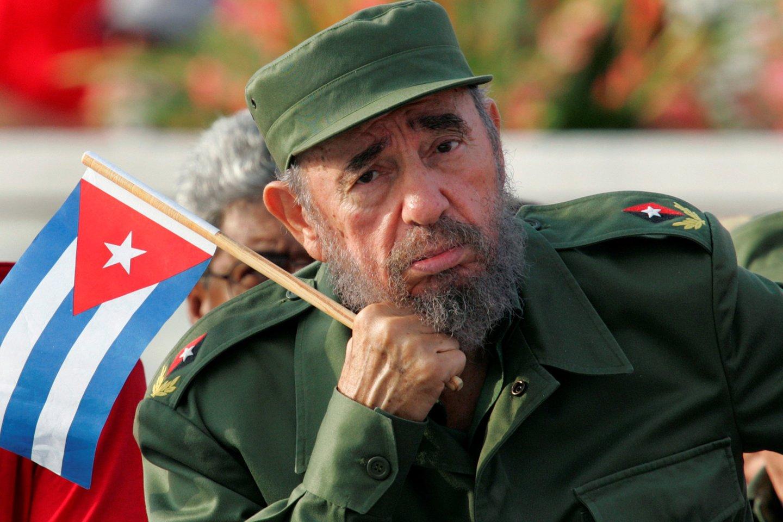 2008 m. Kubos lyderis F.Castro Ruzas dėl sveikatos pasitraukė iš visų valstybinių pareigų. Dar 2006 m. liepą jis visus savo įgaliojimus perdavė broliui Rauliui, o 2011 m. balandį pasitraukė ir iš Kubos komunistų partijos vadovo posto. Šalį valdė beveik pusę amžiaus.<br>Scanpix nuotr.
