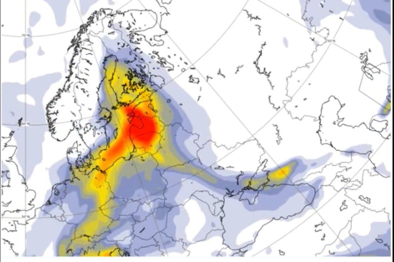 Oro užterštumas ir dulkės iš Sacharos.<br>Copernicus Atmosphere Monitoring Service iliustr.