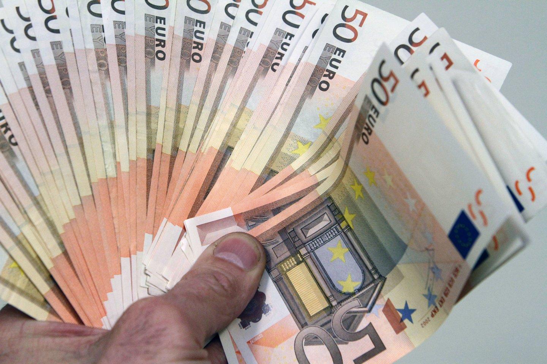 Pareigūnai skaičiuoja, kad iš viso per dvejus metus direktorius galėjo pasisavinti per 140 tūkst. eurų asociacijos lėšų, iš kurių per 31 tūkst. – kartu su bendrininku.<br>M.Patašiaus nuotr.