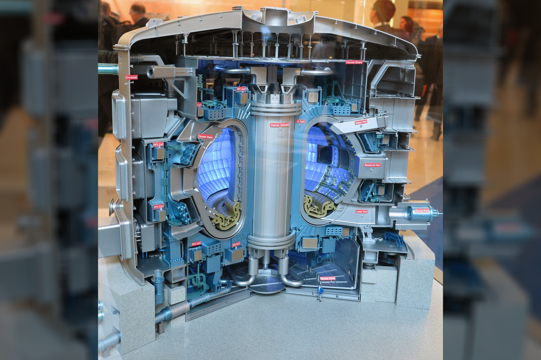 Termobranduolinio reaktoriaus modelis.<br>Wikimedia commons