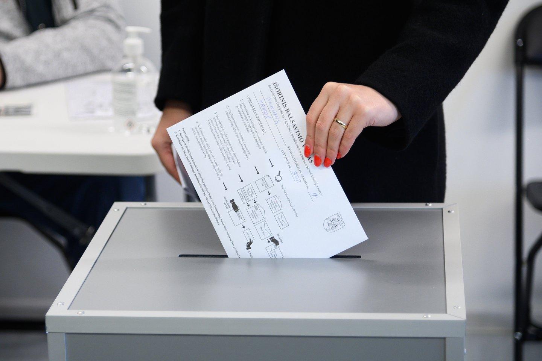 Rinkimai, balsavimas, rinkėjai, balsadėžė<br>V.Skaraičio nuotr.