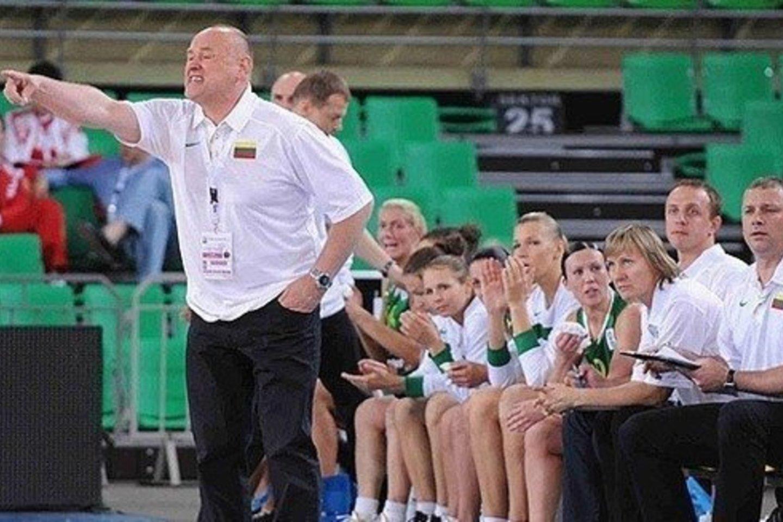 Buvęs Lietuvos moterų krepšinio rinktinės treneris Algirdas Paulauskas<br>FIBA Europe nuotr.