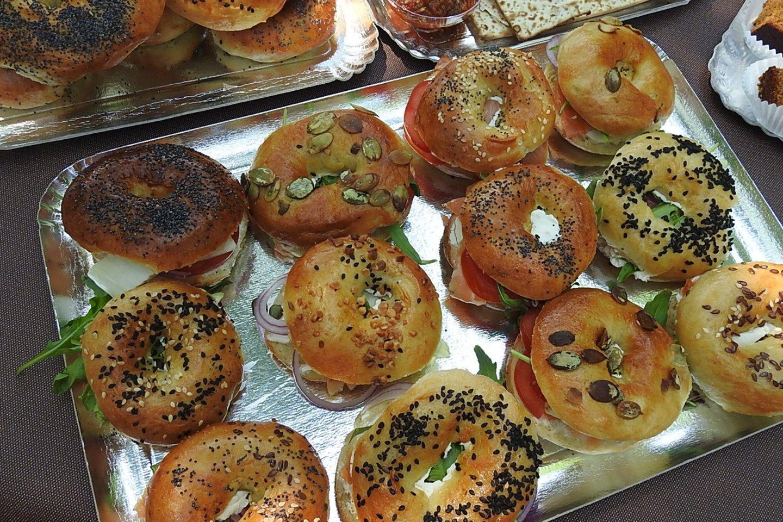 Beigeliai – plačiai paplitęs žydų kulinarijos šedevras.<br>G.Pilaičio nuotr.