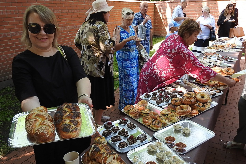 Tradicinė žydų duona chala - pynutės formos.<br>G.Pilaičio nuotr.
