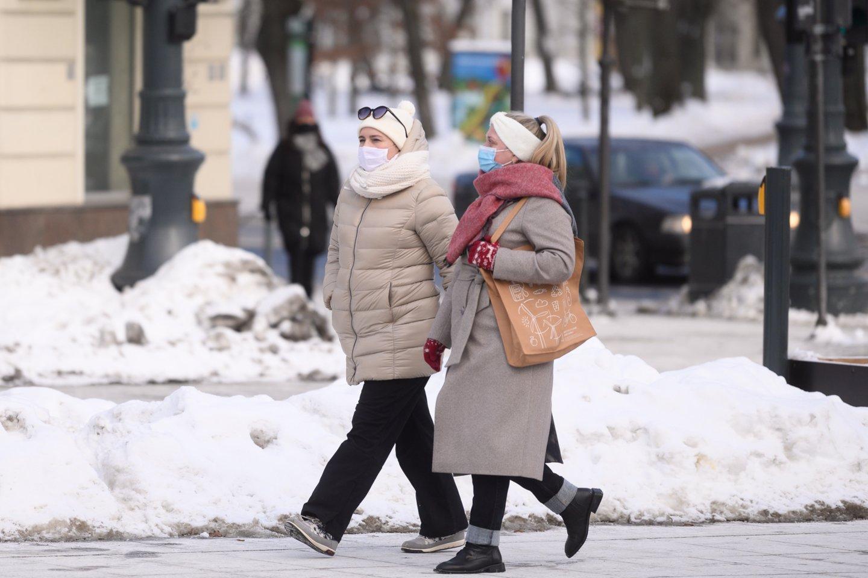 Lietuva pagal naujus užsikrėtimus koronavirusu per pastarąsias dvi savaites atsidūrė penkioliktoje vietoje Europoje.<br>V.Skaraičio nuotr.