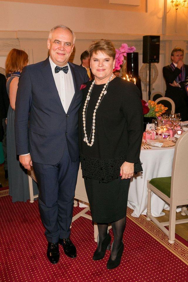 """Prezidento A.Brazausko žentui, """"Vaisingumo klinikos"""" vadovui A.Usoniui pareikšti įtarimai byloje dėl galimai neapskaitytų apie milijono eurų pajamų, o jo žmona A.Brazauskaitei-Usonienė įtariamąja kol kas nefigūruoja.<br>T.Bauro nuotr."""