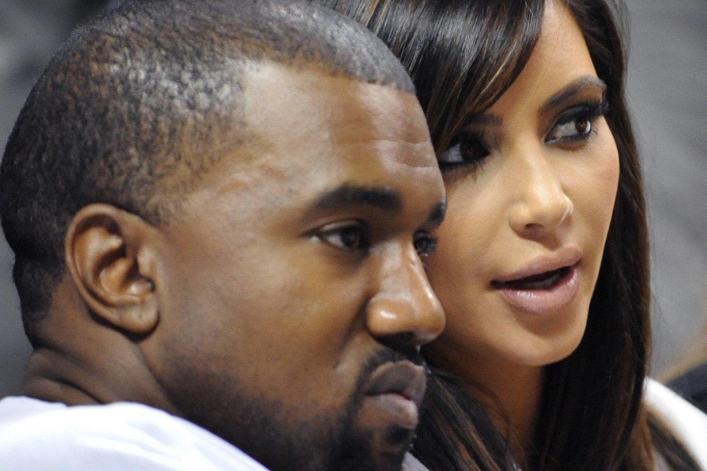 Kanye Westas ir Kim Kardashian 2012-aisiais.<br>imago images/MediaPunch/Scanpix nuotr.