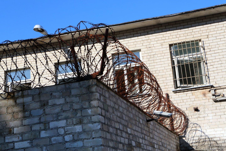 Laisvės atėmimo vietose 70 proc. daugiau žmonių vartoja narkotines ar psichotropines medžiagas negu laisvėje.<br>M.Patašiaus nuotr.