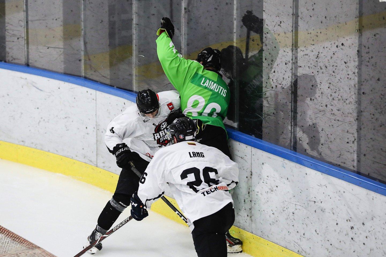 """""""Kauno Hockey"""" ir Kauno """"Baltų ainių"""" mačas."""