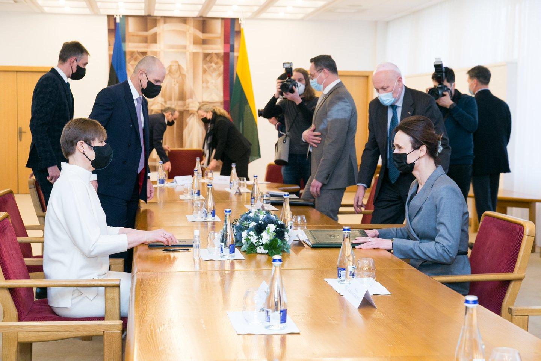 Su darbo vizitu į Lietuvą atvykusi Estijos prezidentė Kersti Kaljulaid susitiko su Seimo pirmininke Viktorija Čmilyte-Nielsen.<br>T.Bauro nuotr.