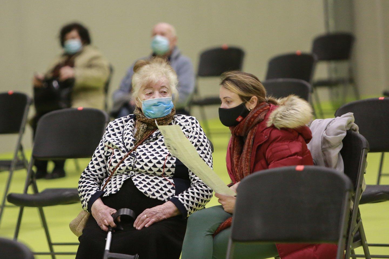 Vakcinavimo centras, Kauno ledo rūmai, korona, koronavirusas, pandemija<br>G.Bitvinsko nuotr.