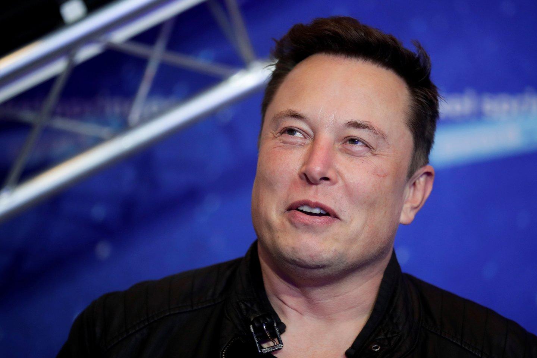 """Įmonių """"Tesla"""" ir """"SpaceX"""" vadovas Elonas Muskas pranešė apie nedidelio miestelio Boka Čika (Teksasas), šalia kurio yra """"SpaceX"""" bandymų poligonas, pervadinimą į Starbase. Šia žinia E. Muskas pasidalijo tviteryje.<br>Reuters / scanpix nuotr."""