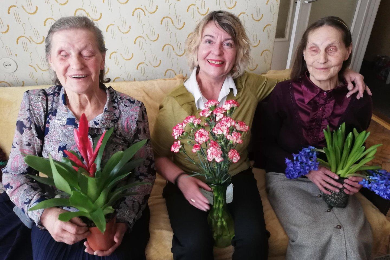 Seserys Puriuškytės su maltiečių savanore Irmina (centre).<br>Asmeninio archyvo nuotr.