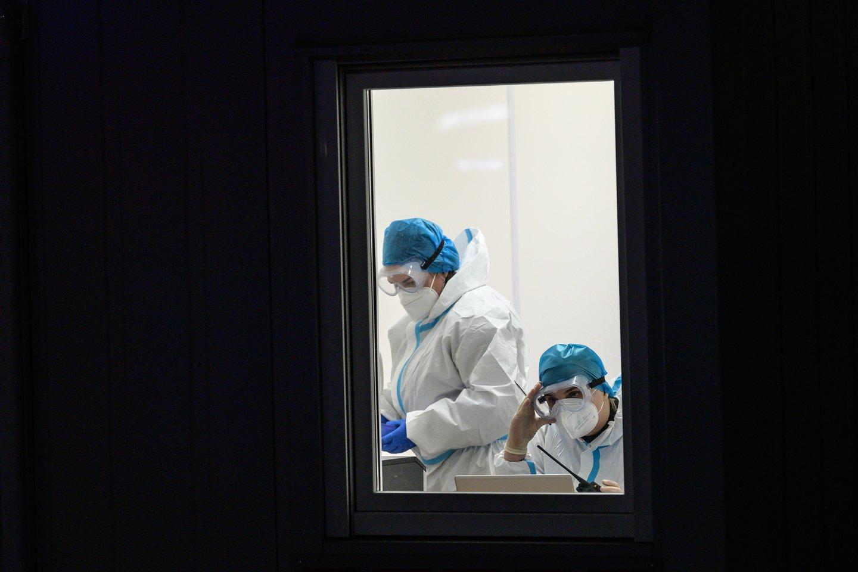 Nuo koronaviruso pandemijos pradžios Lietuvoje užfiksuoti200 884 COVID-10 atvejai.<br>V.Skaraičio nuotr.