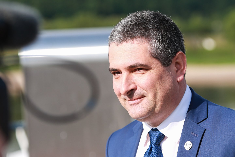 D.Jasaitis teigė, kad komunalininkų tualetą atsisakiusio pirkti varžytynių laimėtojo garantinė įmoka turi likti savivaldybės biudžete.<br>G.Bitvinsko nuotr.