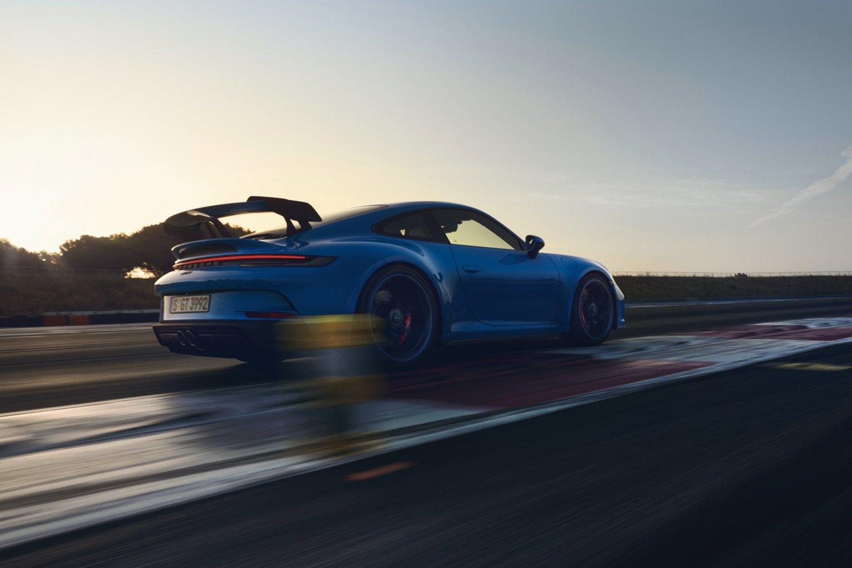 """""""Porsche"""" vardas nuo seniausių laikų yra siejamas su automobilių sportu.<br>Gamintojo nuotr."""