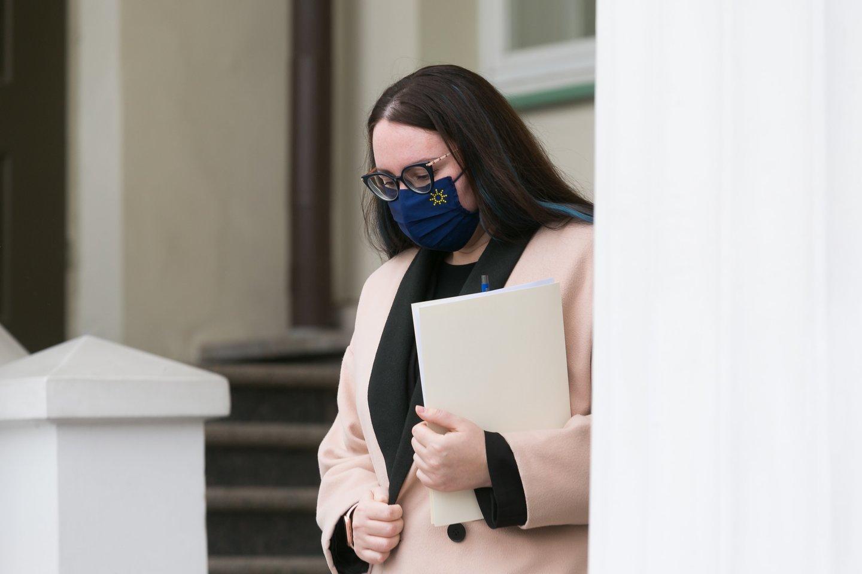 Teisingumo ministrė Evelina Dobrovolska prašė pertraukos ir laiko geriau susipažinti su siūlomu projektu.<br>T.Bauro nuotr.