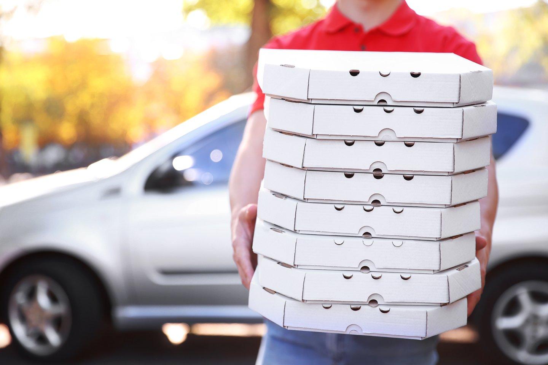 Vertinant picos sudedamąsias dalis, ji yra tikrai subalansuotas ir sveikas maistas, jei atsakingai renkamės produktus, iš kurių ją gaminame.<br>123rf.com nuotr.