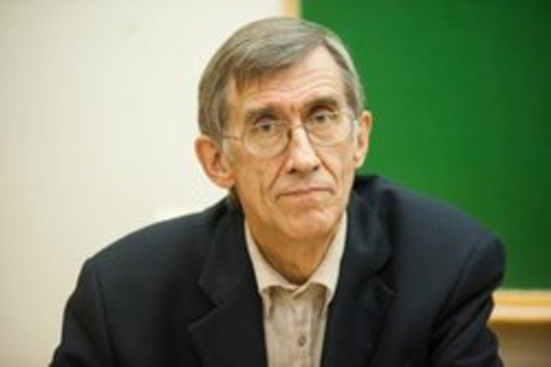 Istorikas, politologas, Vytauto Didžiojo universiteto (VDU) profesorius Antanas Kulakauskas.<br>Jono Petronio nuotr.