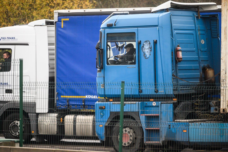 Lietuvos vežėjai spaudžiami suginti vairuotojus į vieną profsąjungą, nors šalyje veikia nemažai tokių organizacijų.<br>V.Skaraičio nuotr.