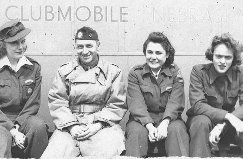 Merginos iš Bostono per Antrąjį pasaulinį karą.