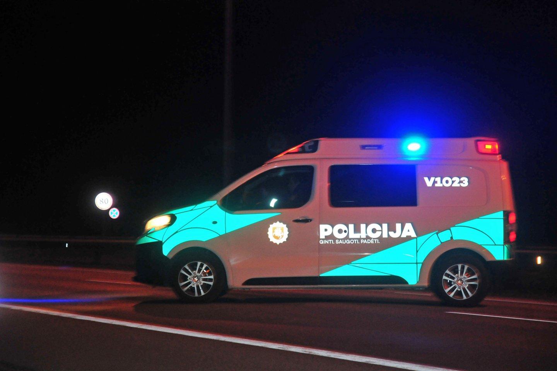 Skaudi nelaimė Kretingos r.: automobilis mirtinai sužalojo kelio važiuojamoje dalyje buvusį vyrą,<br>A.Vaitkevičiaus nuotr.
