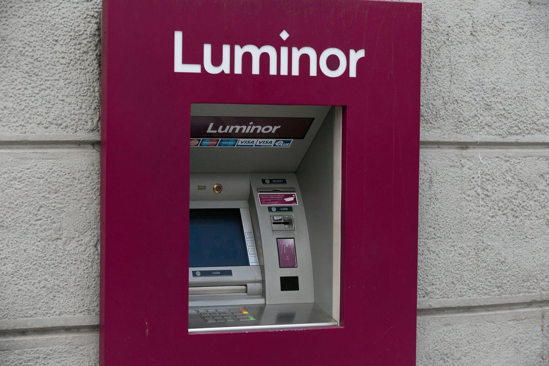 """""""Luminor"""" bankomatai veikia kaip įprastai.<br>T.Bauro nuotr."""