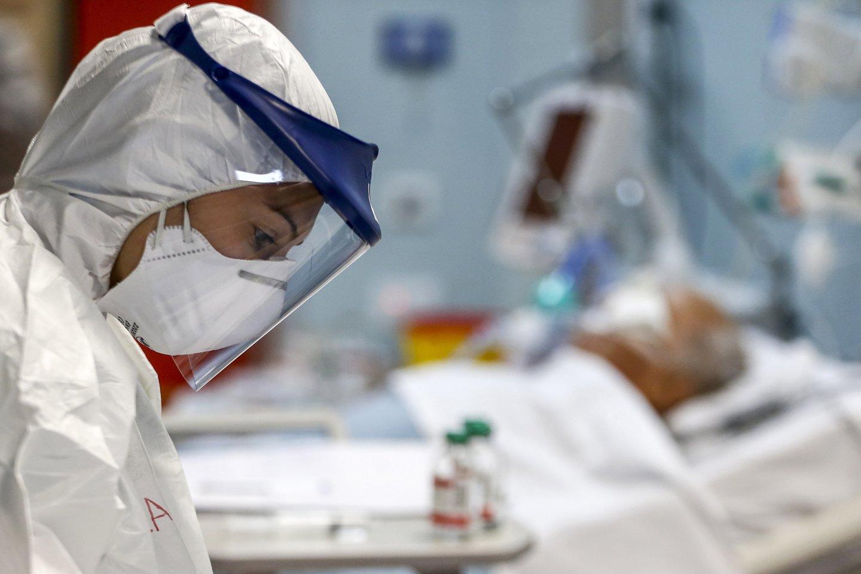 """Norvegijoje po """"AstraZeneca"""" skiepo mirė sveikatos apsaugos darbuotoja.<br>AP/Scanpix nuotr."""