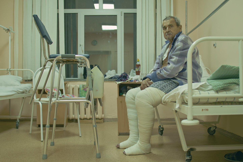 Skaitytojai neramu, kaip slaugytojos prižiūri savimi negalinčius pasirūpinti ligonius.<br>123rf.com asociatyvioji nuotr.