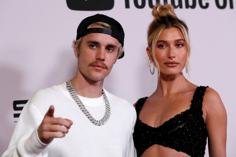 Hailey ir Justinas Bieberis.<br>REUTERS/ Scanpix nuotr.