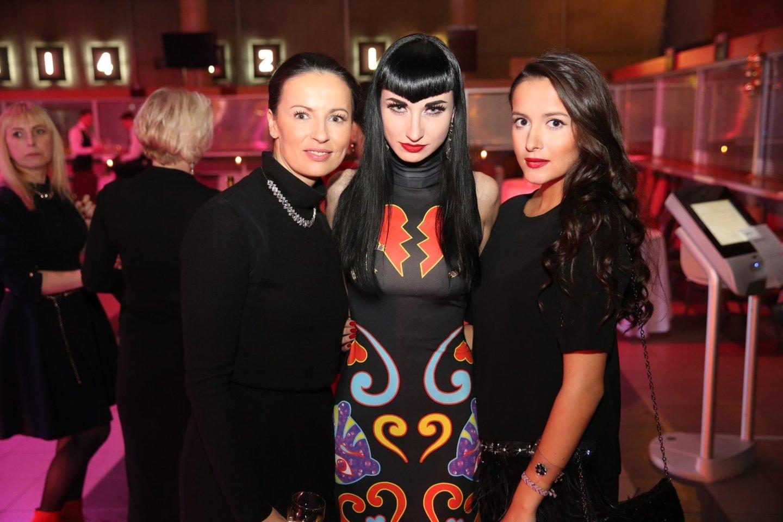 Asta Meschino, Erika Stanevičiūtė ir Karolina Meschino 2014-ųjų gruodį.<br>R.Danisevičiaus nuotr.