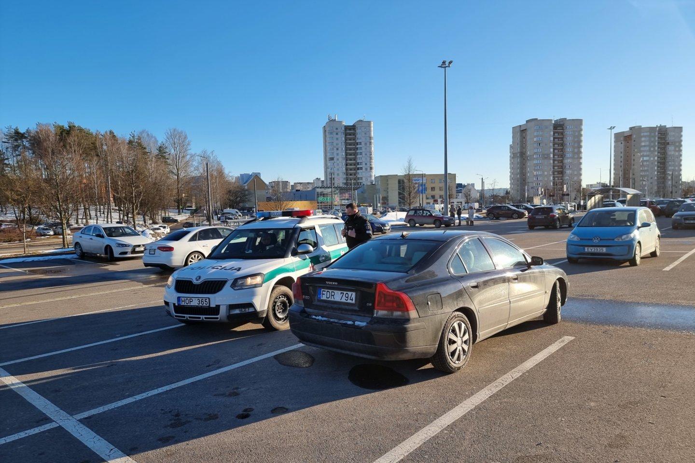 Vilniuje avariją sukėlė girta vairuotoja.<br>Lrytas.lt nuotr.