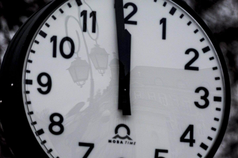 Paskutinio mėnesio sekmadienio (kovo 28 d.) naktį suksime laikrodžių rodykles valanda į priekį.<br>V.Ščiavinsko nuotr.