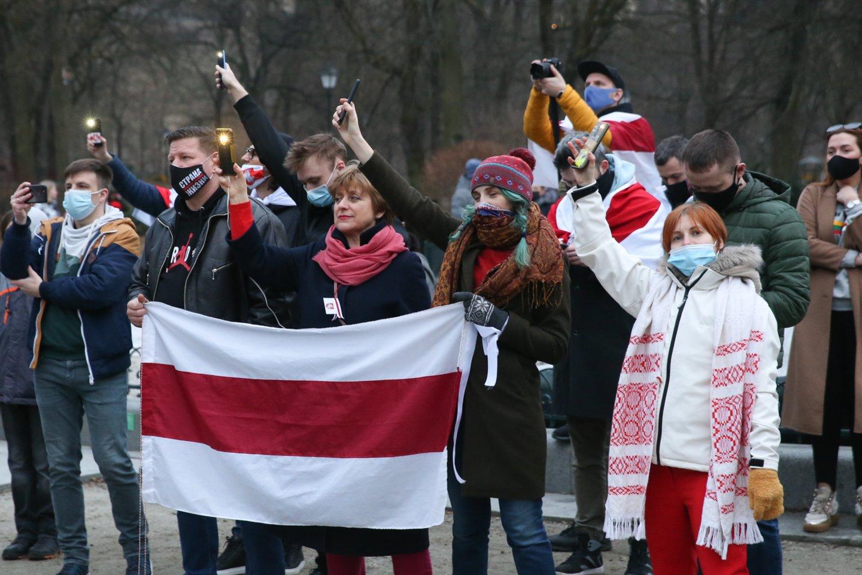 Vilniuje – Laisvės gynėjų dienos minėjimas: išreiškė palaikymą baltarusiams.<br>R.Danisevičiaus nuotr.