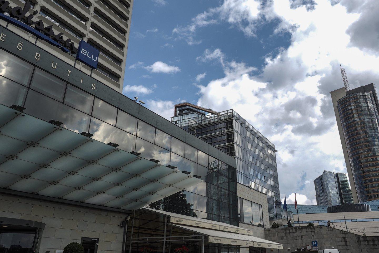 Karantinas privertė nuleisti kainų kartelę net ir labai padorius sostinės viešbučius.<br>V.Ščiavinsko nuotr.