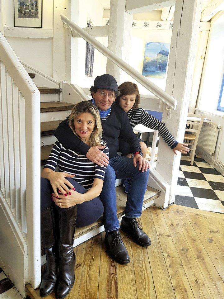 ... su vyru Svenu ir sūnumi Jonu.<br>Asmeninio albumo nuotr.