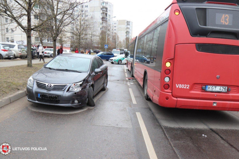 Užregistruoti 46 eismo įvykiai.<br>Lietuvos policijos nuotr.