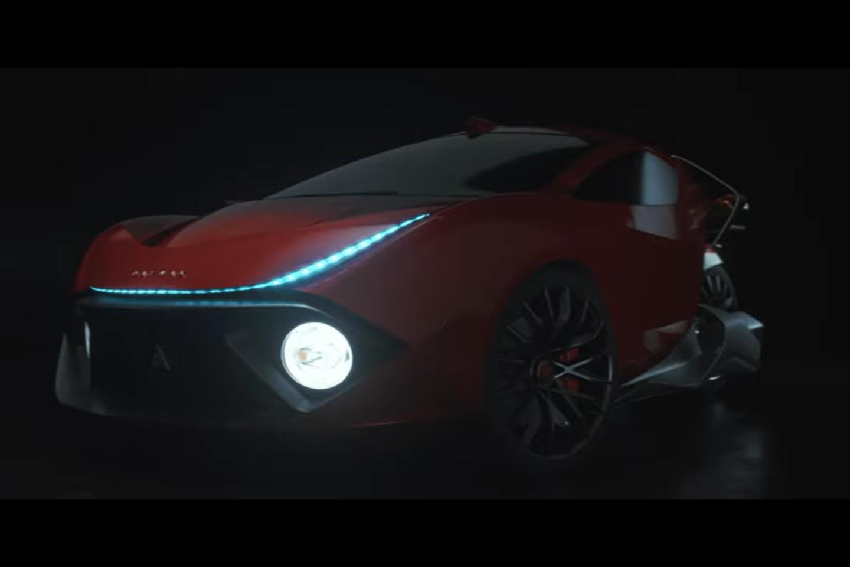 """""""Ultimate"""" modelio kėbulas pagamintas iš anglies pluošto, turi belaidį įkrovimą, autonominio vairavimo ir automatinio durų atidarymo sistemas.<br>Stop kadras"""