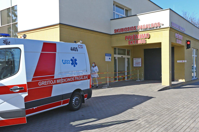 Vyras skundėsi Respublikinė Šiaulių ligoninės Priėmimo skyriaus darbu ir netaktiškomis replikomis.<br>G.Šiupario nuotr.