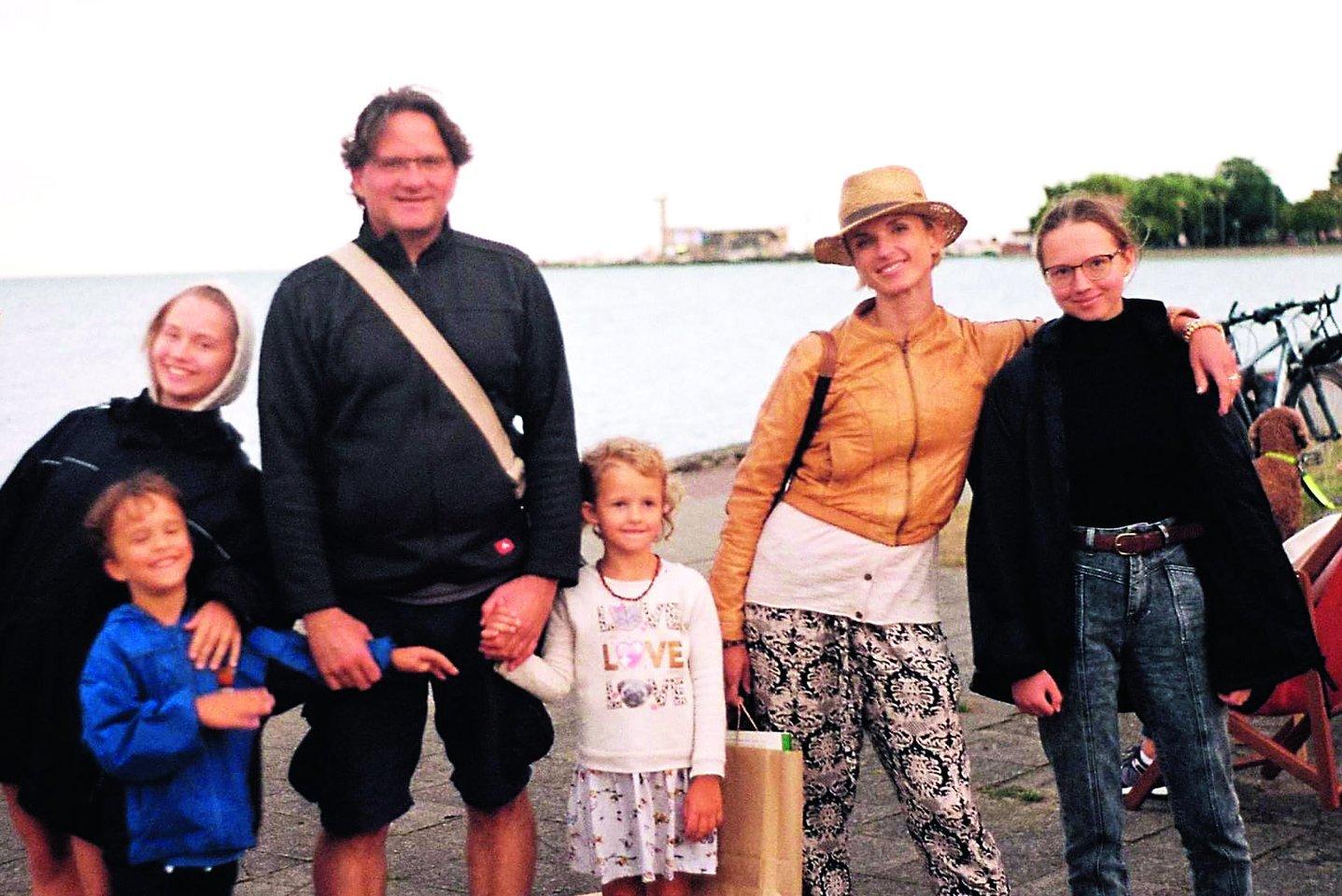 Praėjusią vasarą šeima atostogavo Nidoje.<br>M.Tendziagolskio nuotr.